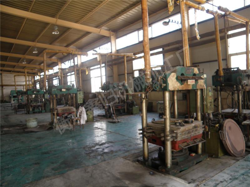 楔形钢板生产设备