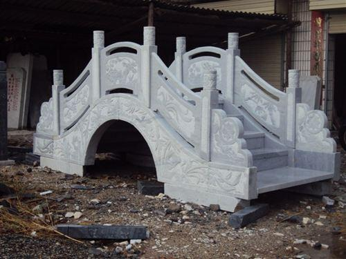 供应青石和马鞍桥石栏