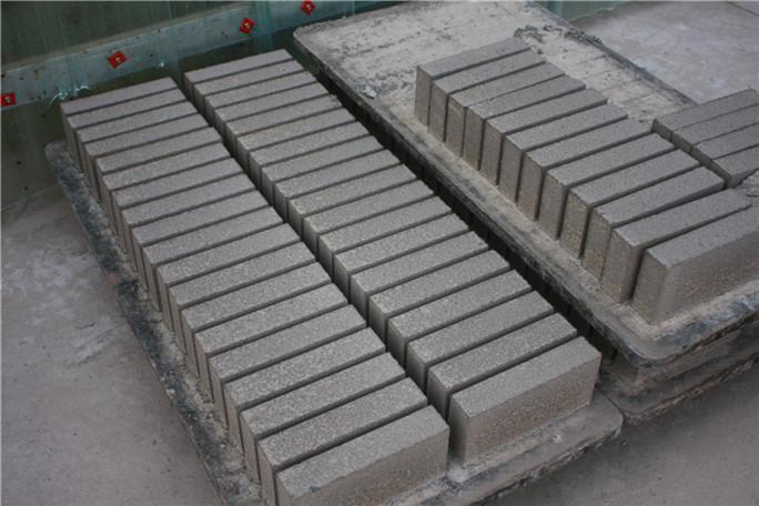 昌黎水泥砖厂