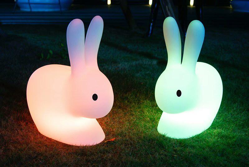 小白兔造型观景灯