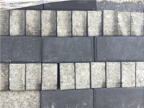 黑色面包砖