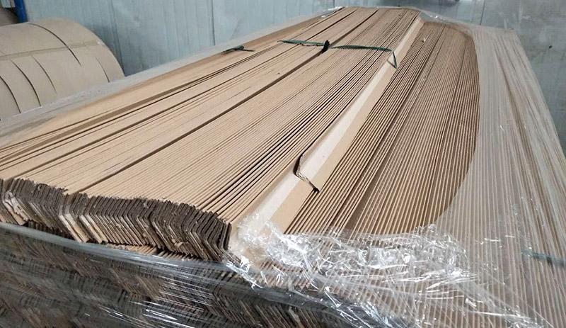 纸护角可以起到保护产品外观边缘的作用